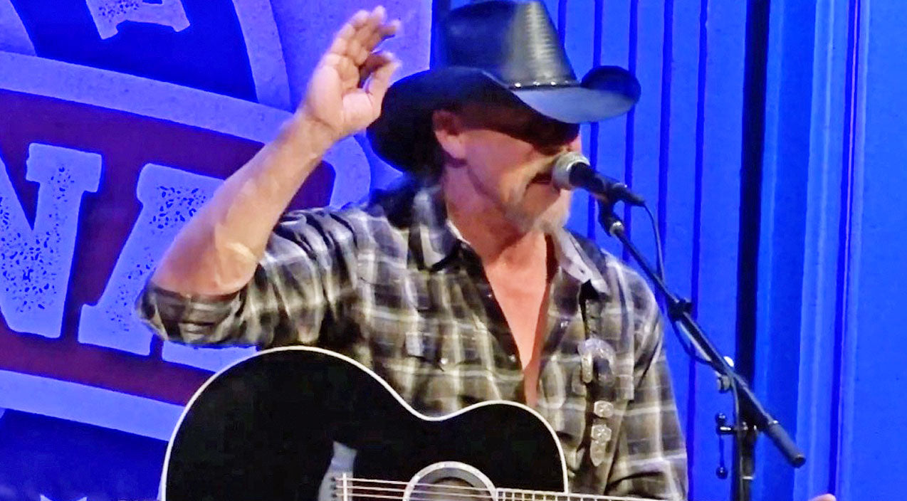 Trace adkins Songs | 'Jesus And Jones' Goes Acoustic, And It's The Best Thing You'll Hear All Day | Country Music Videos