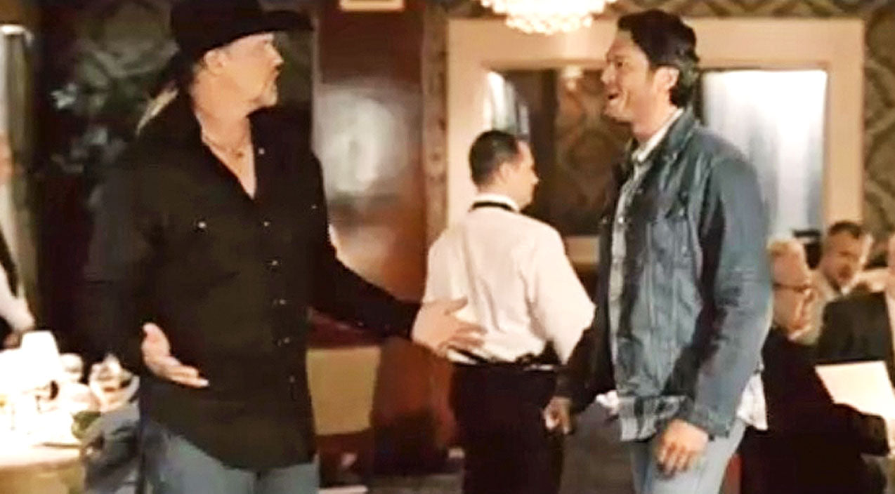 Trace adkins Songs | Blake Shelton And Trace Adkins Ruin Black Tie Affair | Country Music Videos