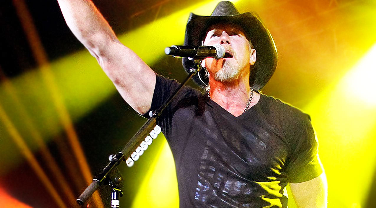 Trace adkins Songs | You Absolutely Have To Hear Trace Adkins' Humbling Take On Jamey Johnson's 'In Color' | Country Music Videos