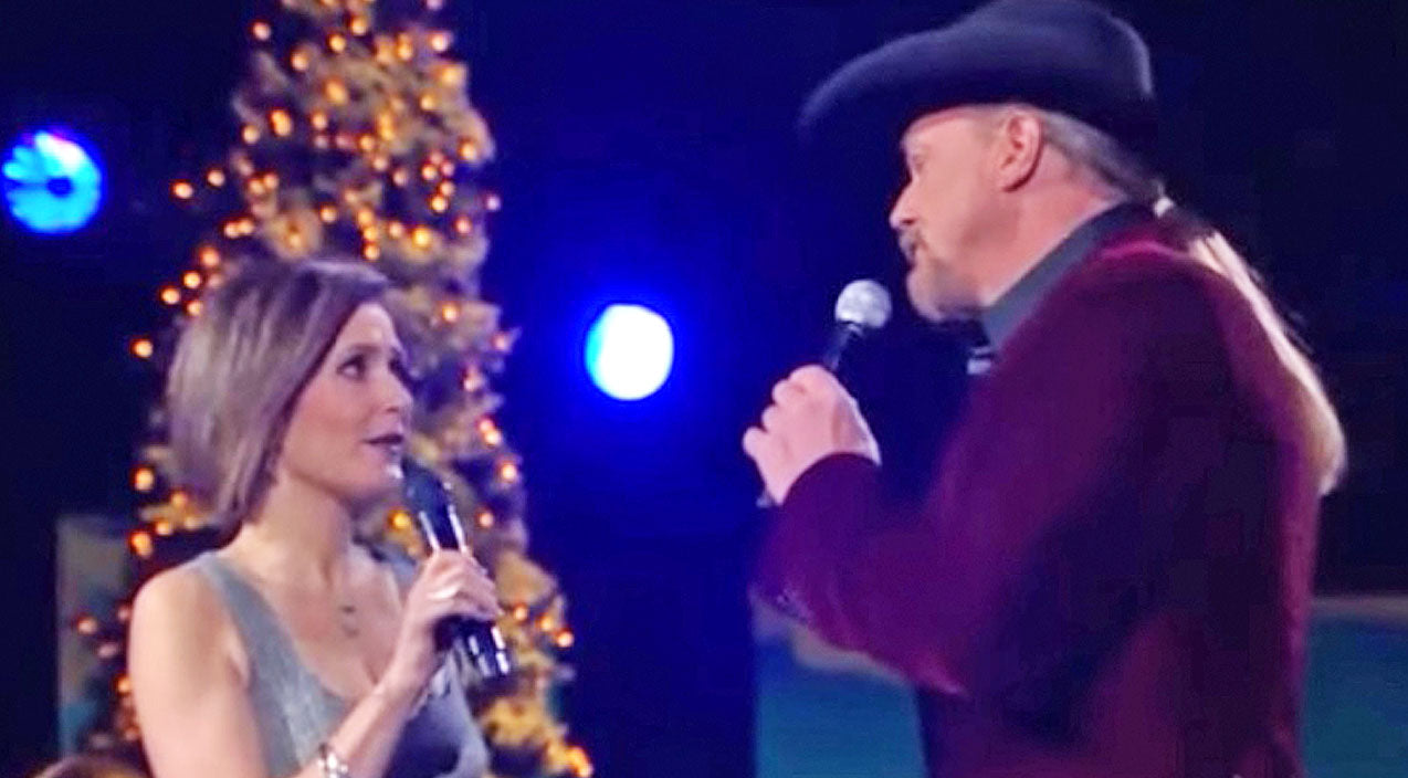 Trace adkins Songs | Scottish Singer Alyth McCormick Pairs Up With Trace Adkins For Captivating Christmas Duet | Country Music Videos