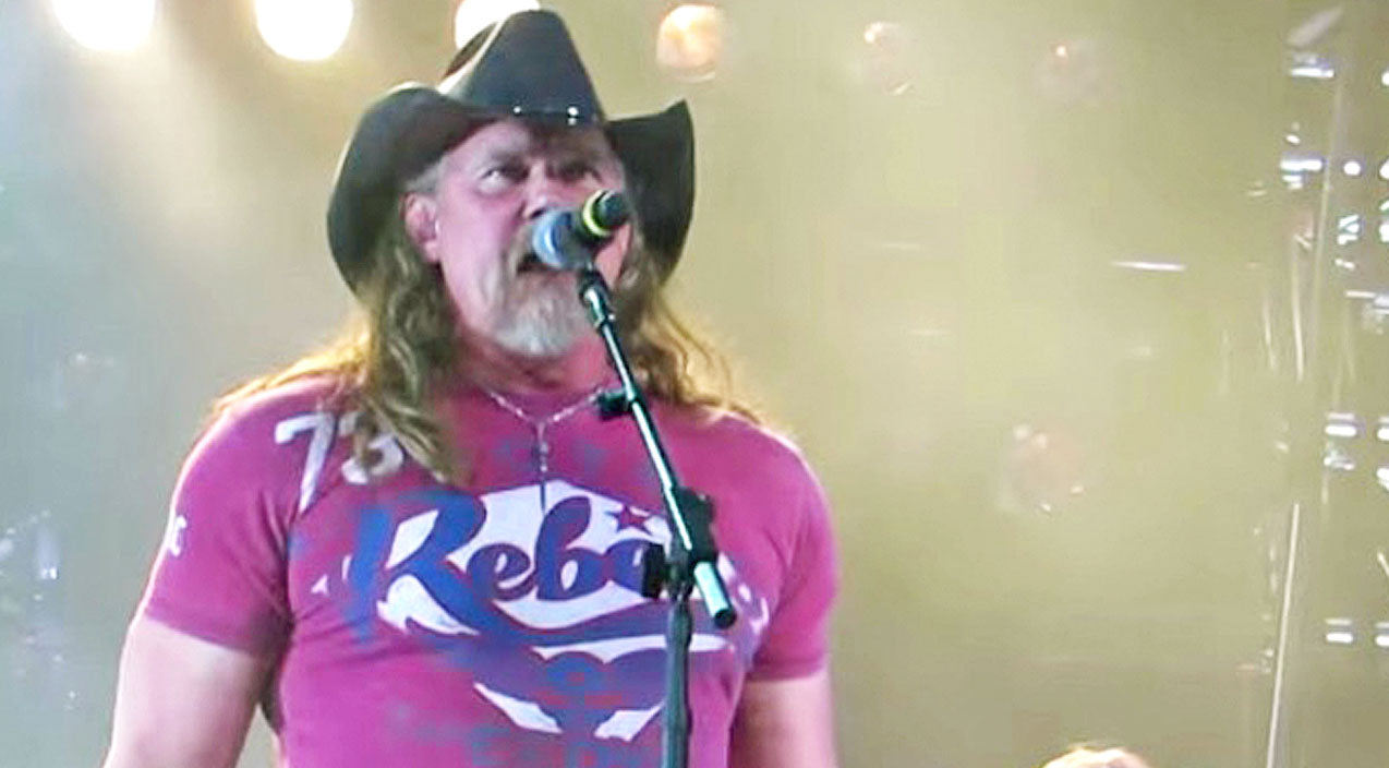Trace adkins Songs | Country Gals Will Go Crazy For Trace Adkins' Live Performance Of 'Ladies Love Country Boys' | Country Music Videos