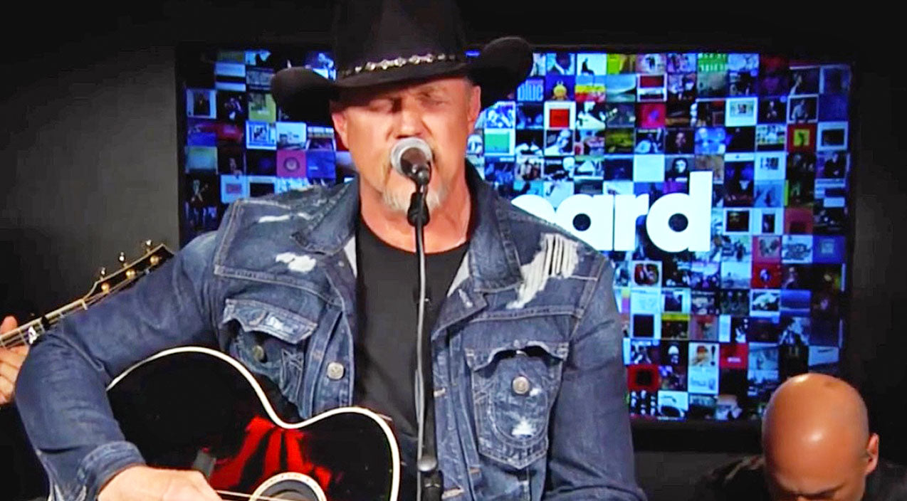 Trace adkins Songs | Old Hits Meet New Single In Career-Spanning Medley From Trace Adkins | Country Music Videos
