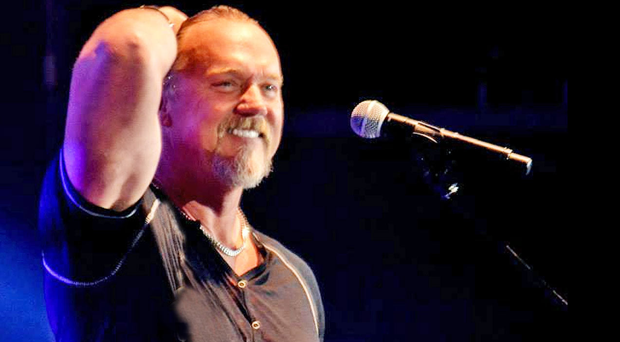 Trace adkins Songs | 'Southern Hallelujah' Offers A Well-Deserved 'Amen' To All The Southern Belles Out There | Country Music Videos