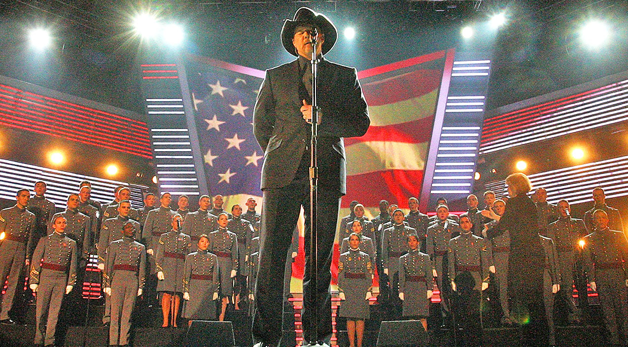 Trace adkins Songs | Trace Adkins Dedicates Powerful Performance With The West Point Glee Club To Our Veterans | Country Music Videos