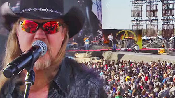 Trace adkins Songs | Trace Adkins - Cowboy's Back in Town (WWE Performance) (VIDEO) | Country Music Videos