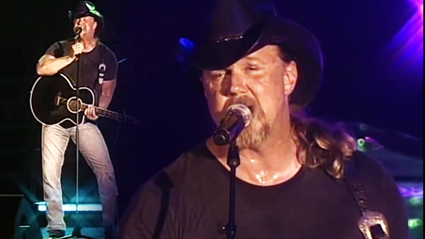 Trace adkins Songs | Trace Adkins - Cowboy's Back in Town (LIVE Performance) (VIDEO) | Country Music Videos