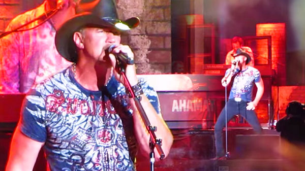 Trace adkins Songs | Trace Adkins - Swing (LIVE) | Country Music Videos