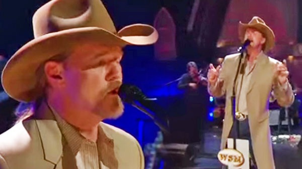 Trace adkins Songs | Trace Adkins - Wayfaring Stranger (LIVE at the Opry) | Country Music Videos
