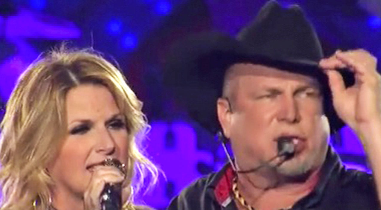 Trisha yearwood Songs | Garth Brooks Forgets His Cowboy Hat, So Trisha Yearwood Brings It To Him In An EPIC Way | Country Music Videos