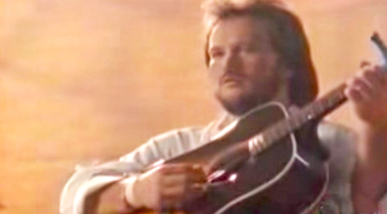 Travis tritt Songs | Travis Tritt's Video For 'Anymore' Tells The Heartbreaking Truth Soldiers Live With | Country Music Videos