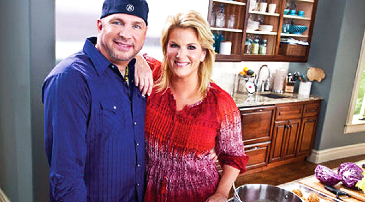 Trisha yearwood Songs | Trisha Yearwood Dishes On The Romantic Dinner That Husband Garth Brooks Cooks For Her | Country Music Videos