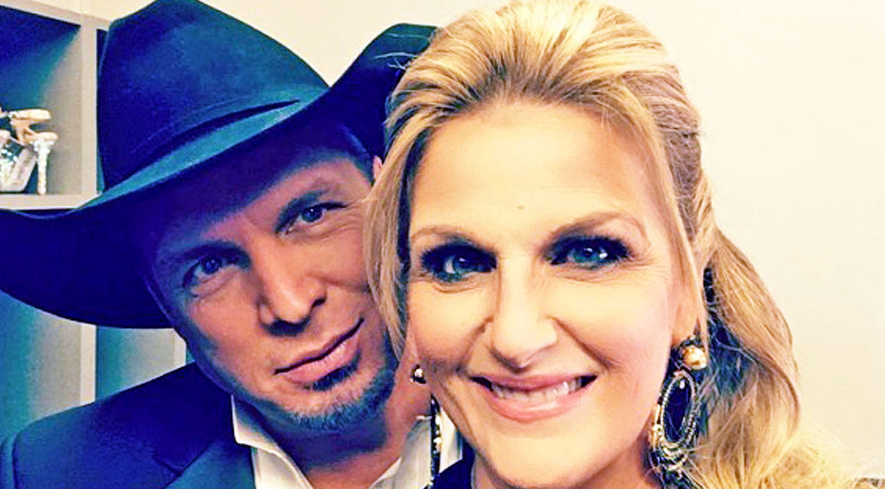 Trisha yearwood Songs | Garth Brooks & Trisha Yearwood Reveal 'Misfit' Thanksgiving Plans | Country Music Videos
