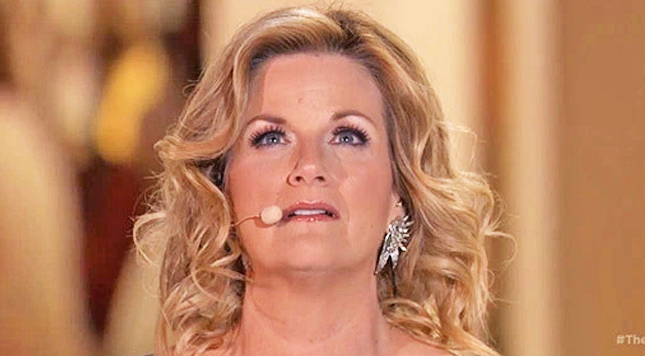 Trisha yearwood Songs | Trisha Yearwood Stuns In Passionate Performance Of 'Broken' At The Foot Of The Cross | Country Music Videos