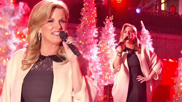Trisha yearwood Songs | Trisha Yearwood - Santa Claus Is Back In Town | Country Music Videos