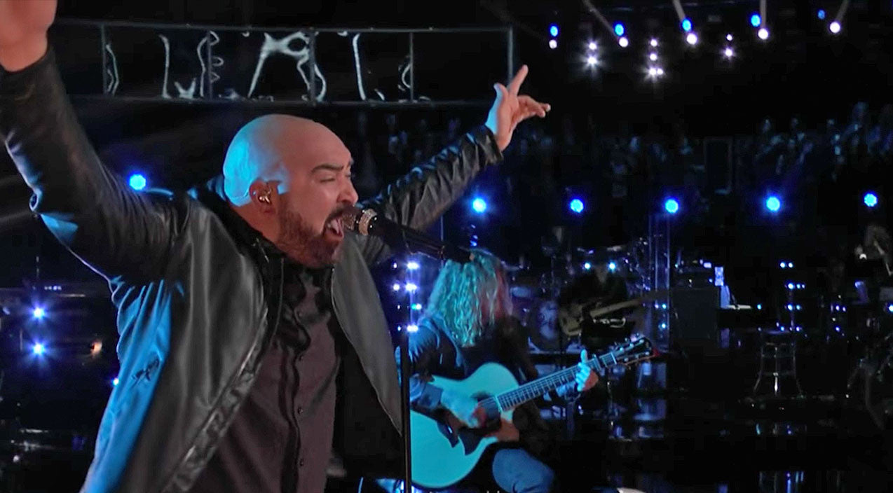 The voice Songs | 'Drift Away' Gets Jaw-Dropping Makeover From Desperate 'Voice' Contestant | Country Music Videos