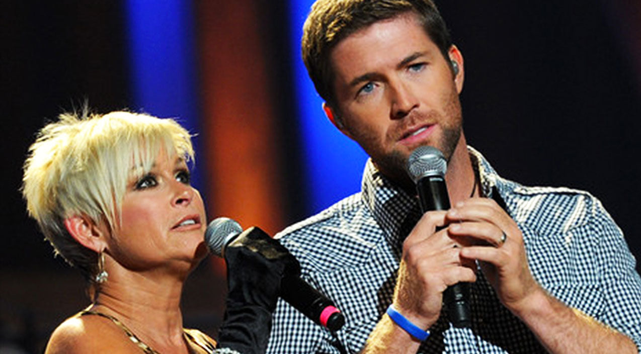 Lorrie morgan Songs | Josh Turner And Lorrie Morgan Perform Stunning Rendition Of Classic 'Golden Ring' | Country Music Videos