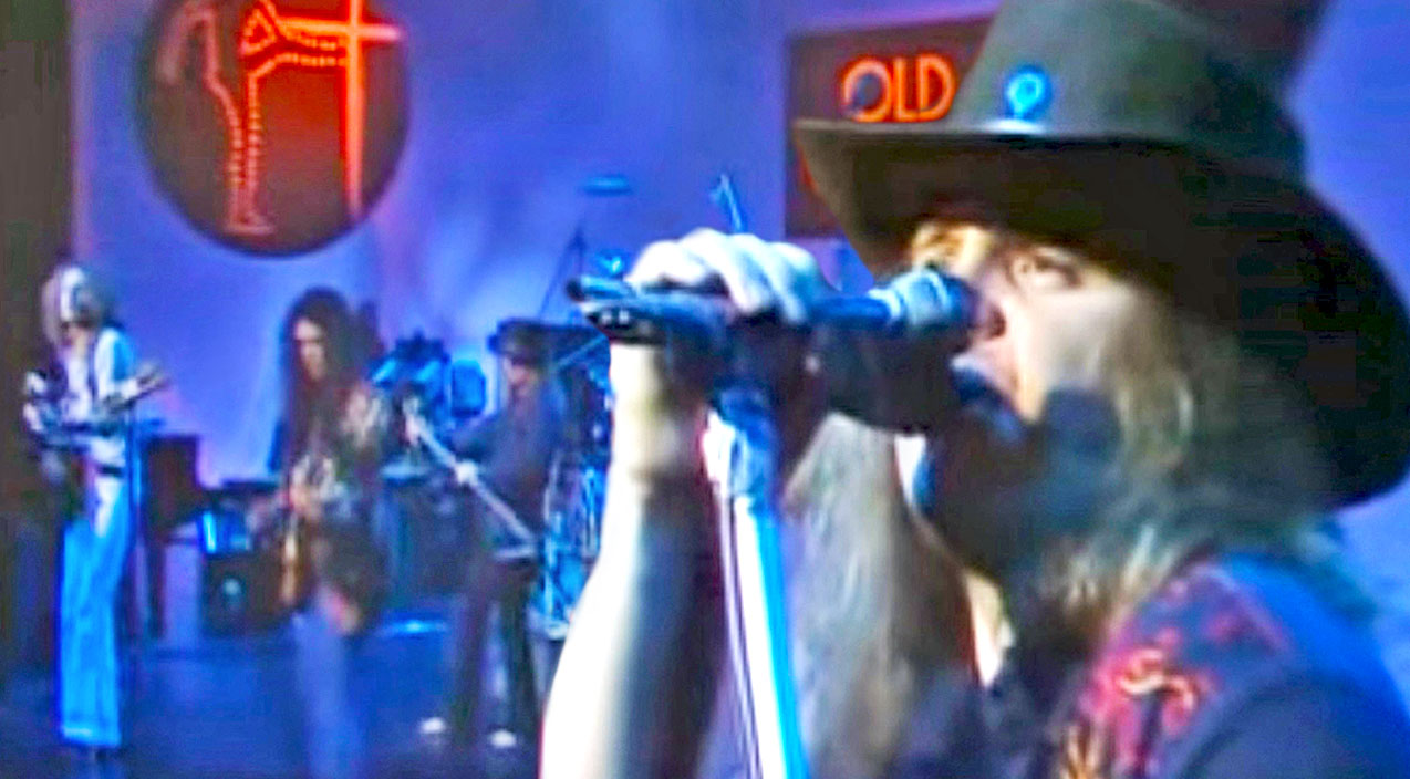 Lynyrd skynyrd Songs | Skynyrd Asserts Their Status As International Icons With U.K. Performance Of 'Same Old Blues' | Country Music Videos