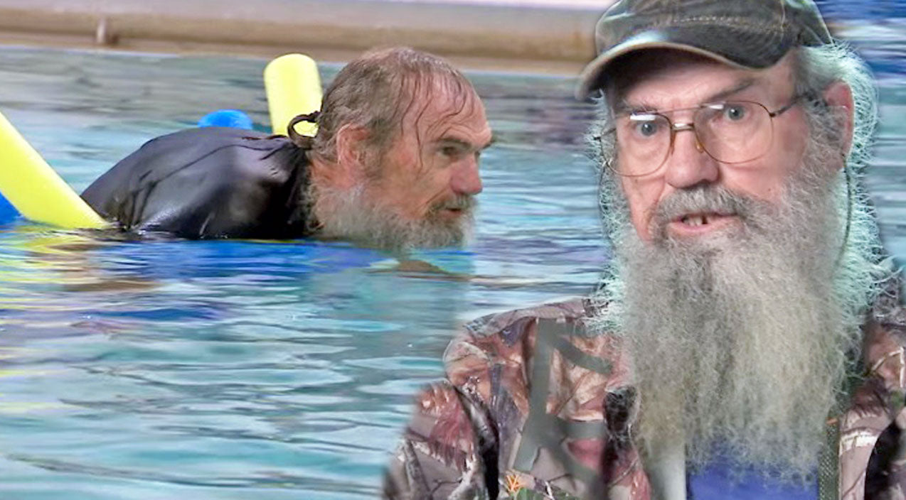 Si robertson Songs | Uncle Si Tries His Hand At Water Aerobics And It's Hilarious! | Country Music Videos