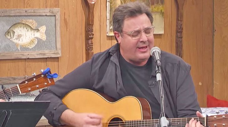 Vince gill Songs | Vince Gill Pours Pure Emotion Into Cover Of Merle Haggard's Somber Song | Country Music Videos
