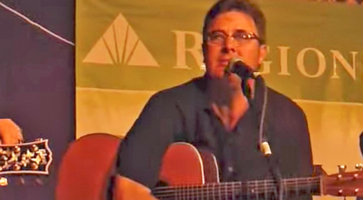 Vince gill Songs | Vince Gill Gives Emotional 'Go Rest High' Performance After Sudden Death Of 'Dad' Figure | Country Music Videos