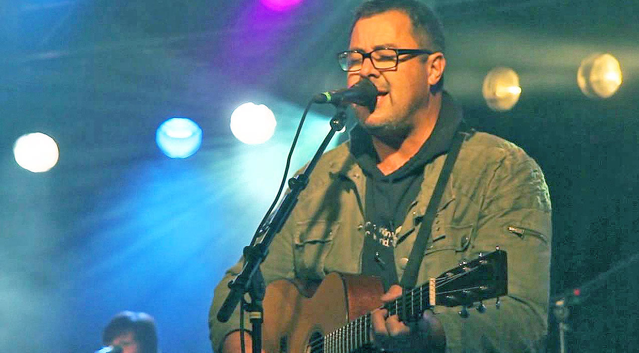 Vince gill Songs | Vince Gill Debuts Moving New Song Dedicated To George Jones | Country Music Videos