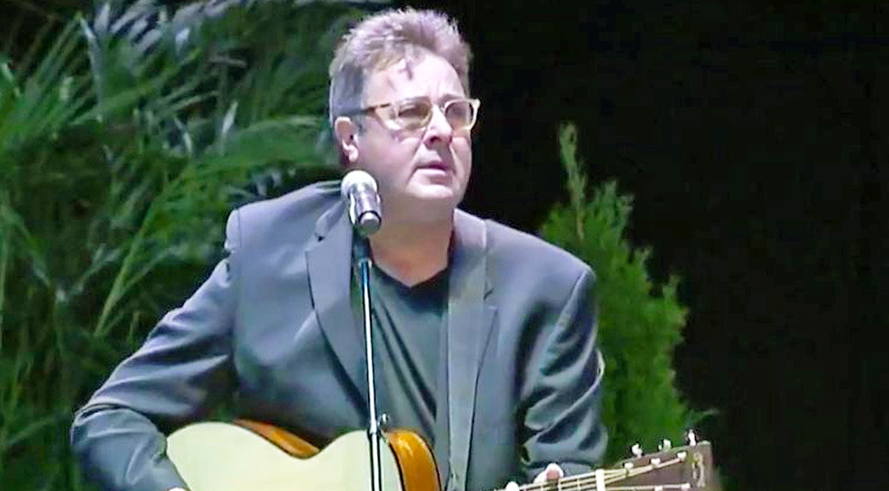 Vince gill Songs | Vince Gill Honors Vegas Shooting Victims With Grief-Filled Performance Of 'Go Rest High' | Country Music Videos