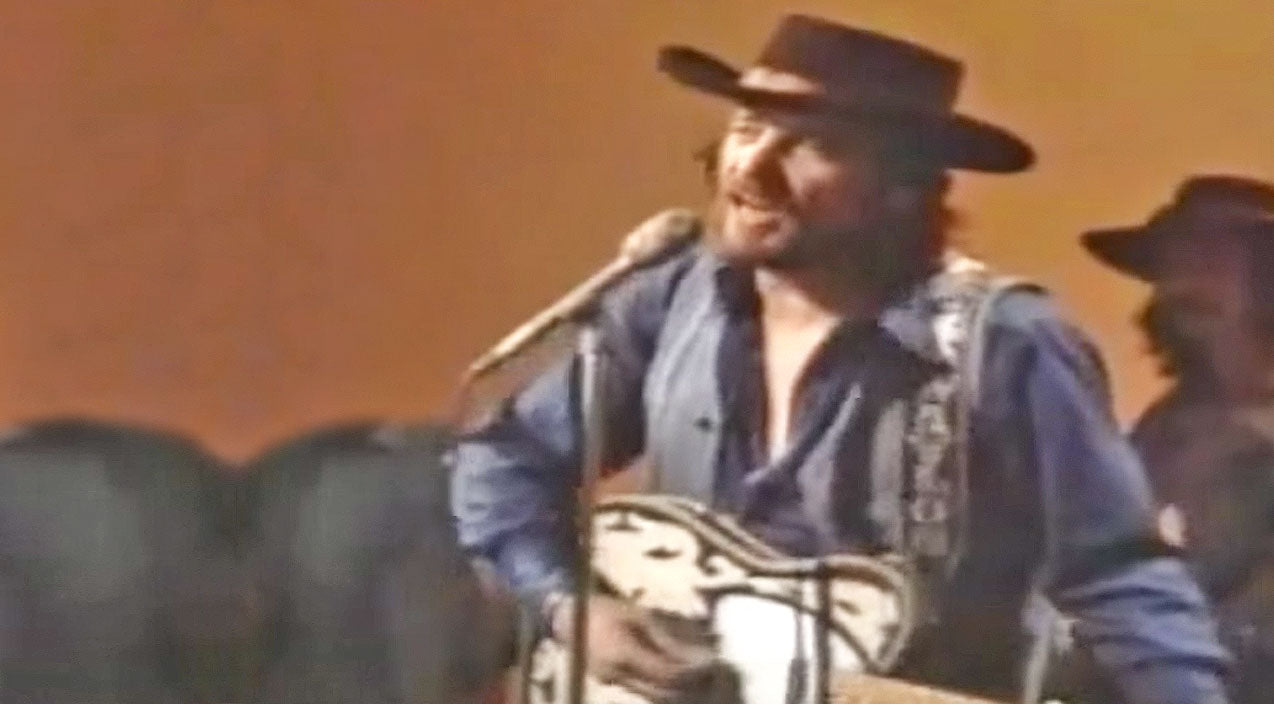 Waylon jennings Songs | Rare Footage Of Waylon Jennings Singing 'Ramblin' Man' Live | Country Music Videos