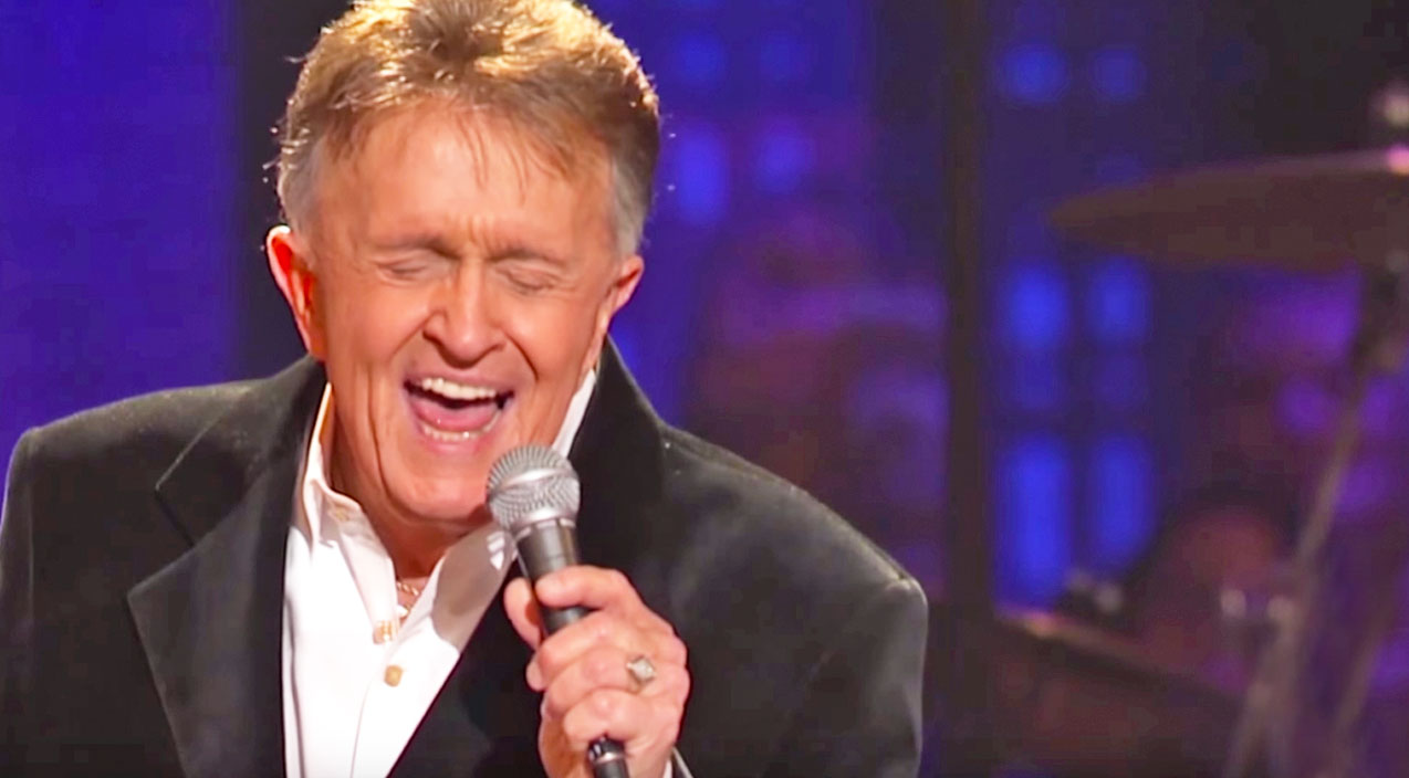 Bill anderson Songs | Bill Anderson's Heart-Wrenching Performance Of His Tragic Hit Song, 'Whiskey Lullaby' | Country Music Videos