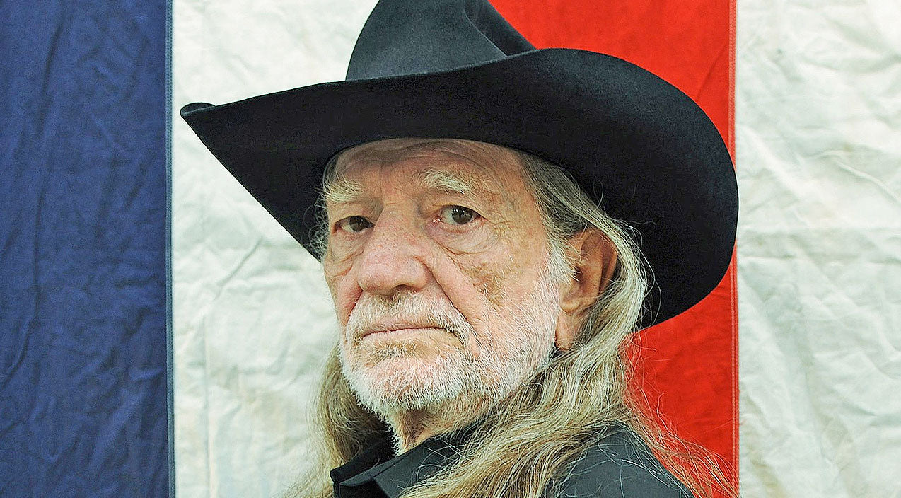 Willie nelson Songs | 8 Times Willie Nelson Was A Complete And Total Badass | Country Music Videos