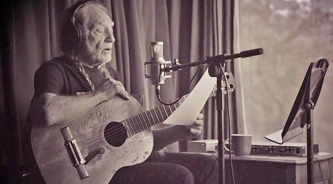 Willie nelson Songs | World Premiere: Willie Nelson Debuts New Song 'Someone To Watch Over Me' | Country Music Videos