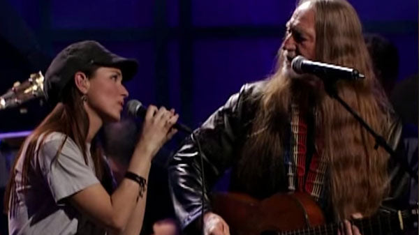 Willie Nelson & Shania Twain - Blue Eyes Crying In The Rain | Country Music Videos