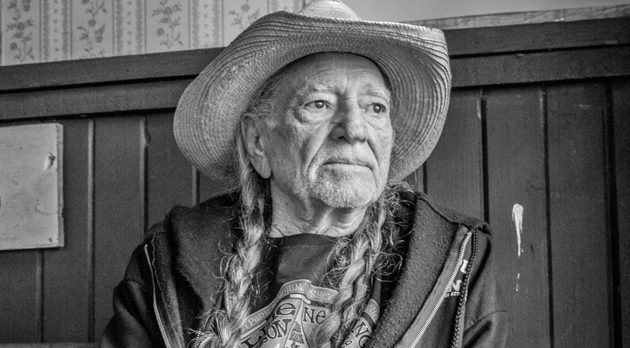 Willie nelson Songs | 'What Happened To Peace On Earth?' - Willie Nelson Reacts To Paris Attacks | Country Music Videos