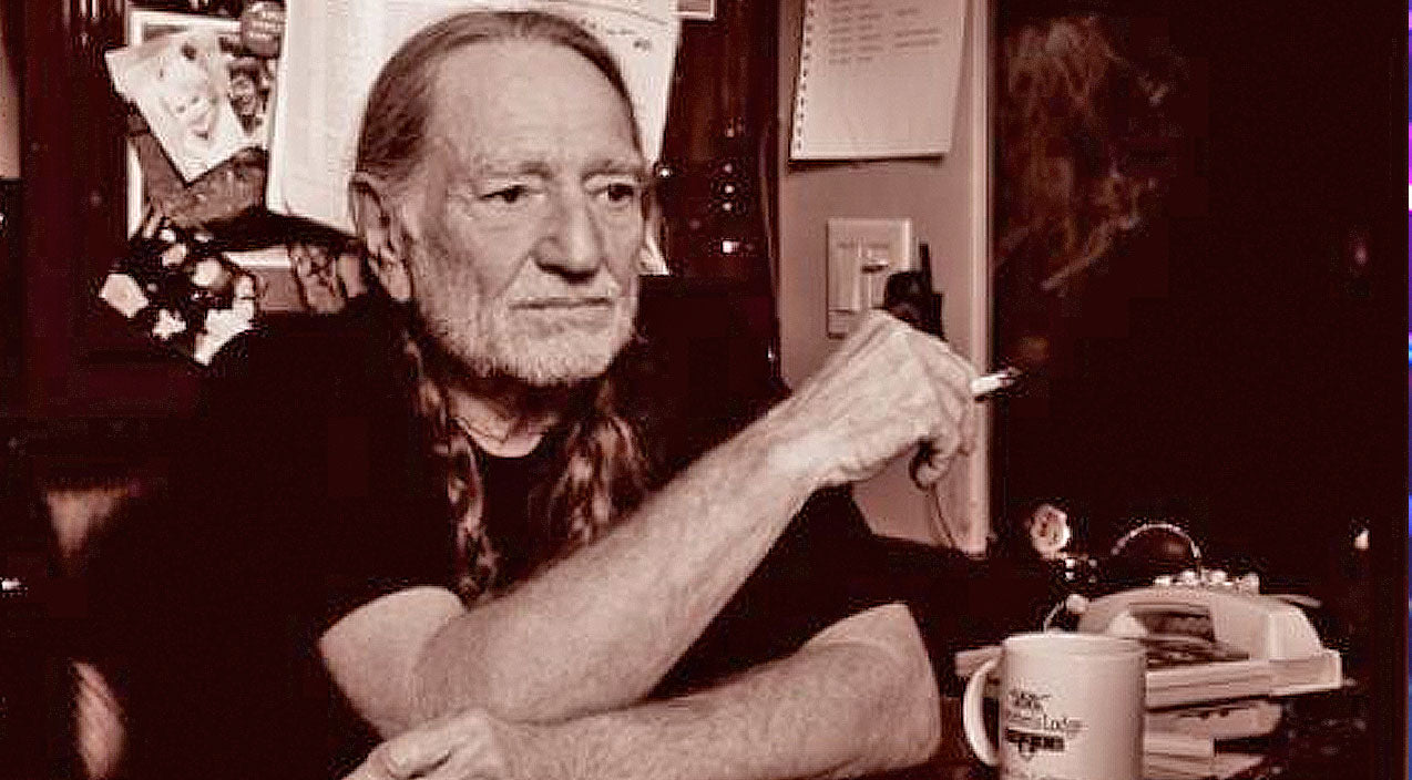Willie nelson Songs | Willie Nelson Celebrated Marijuana Legalization At A D.C. Landmark | Country Music Videos