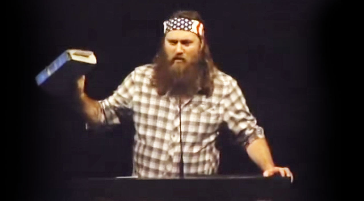 Duck dynasty Songs | Willie Robertson Shares His Faith In Jesus With A Graduating Class, And It's Inspiring! | Country Music Videos