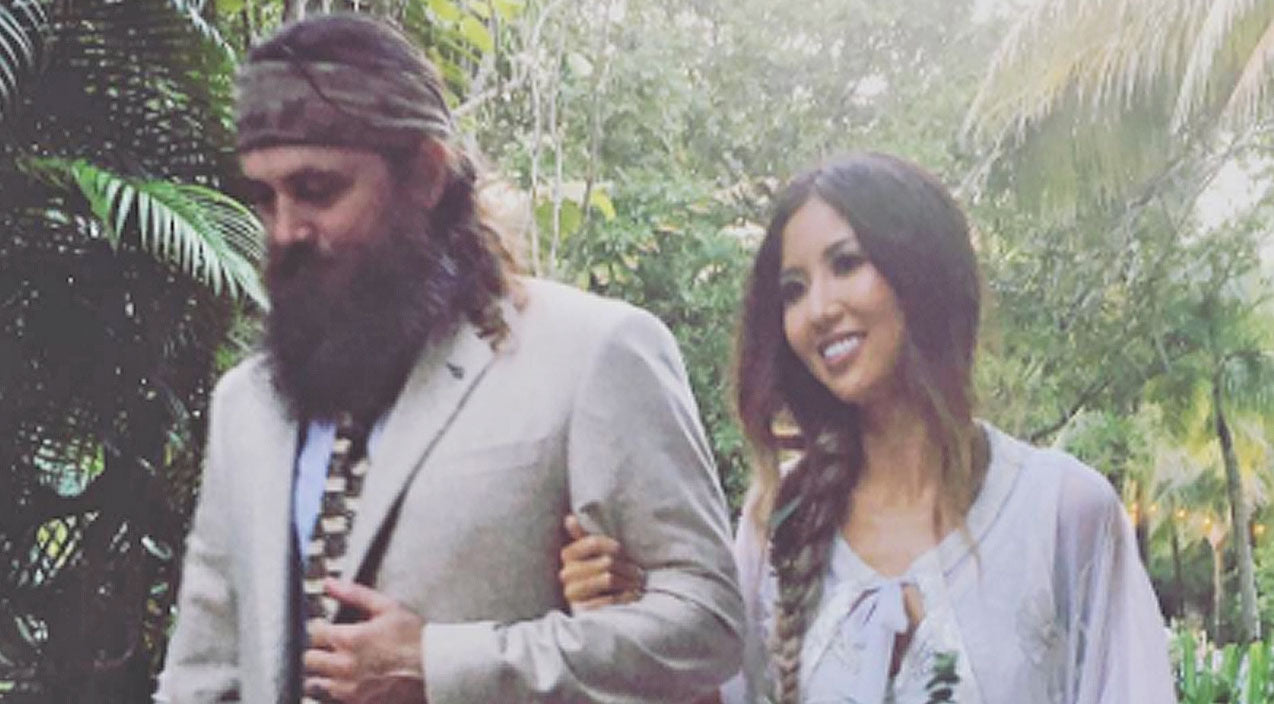 Willie robertson Songs | Willie Robertson Tearfully Walks Daughter Rebecca Down The Aisle In Bohemian Wedding | Country Music Videos