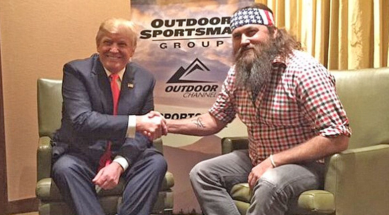 Willie robertson Songs | Willie Robertson Reveals Why Donald Trump's Controversial Statements Don't Bother Him | Country Music Videos