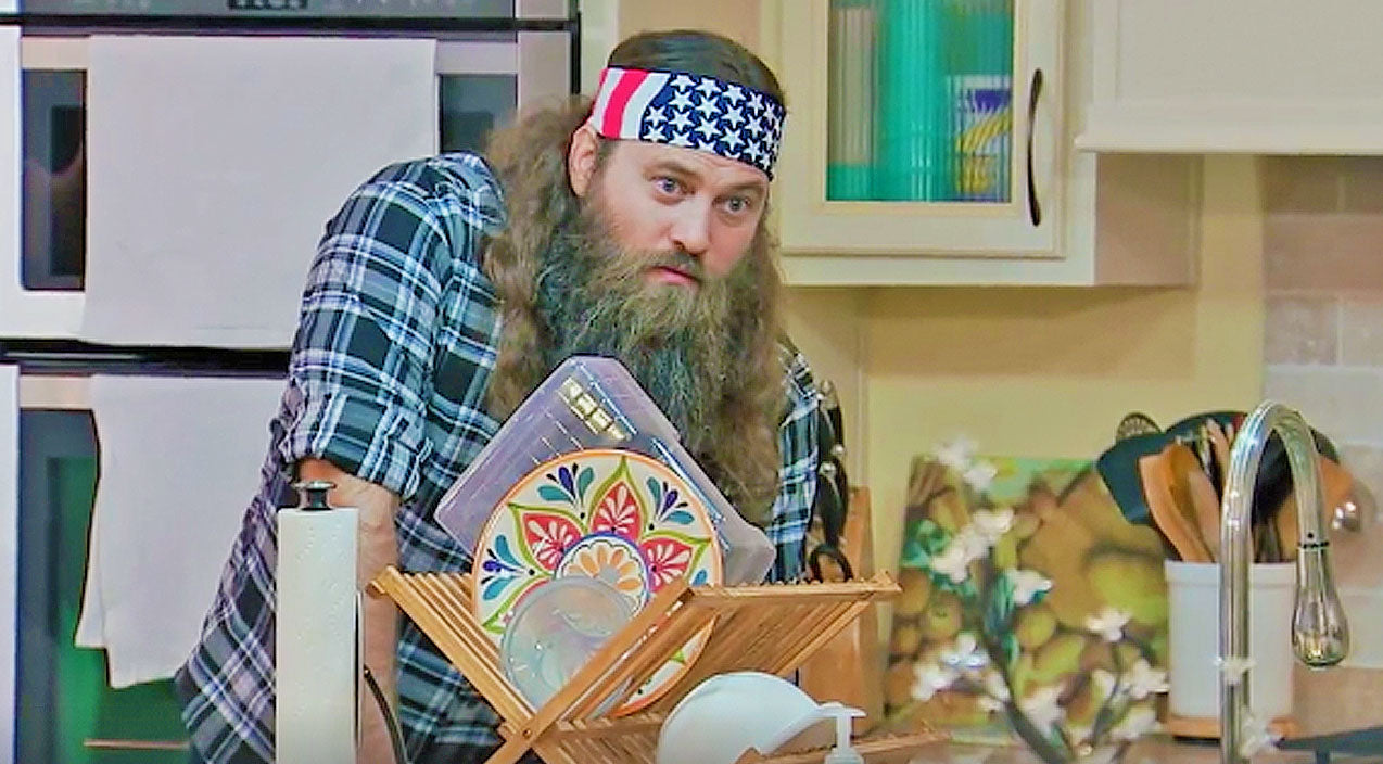 Willie robertson Songs | Uncle Si Asks Willie To Do The Unspeakable, And It's Hilarious! | Country Music Videos