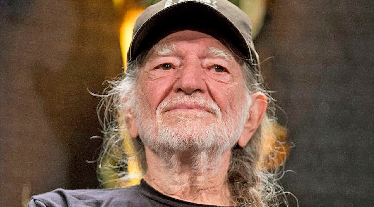 Willie nelson Songs | Willie Nelson Opens Up About Controversial New Business Venture | Country Music Videos