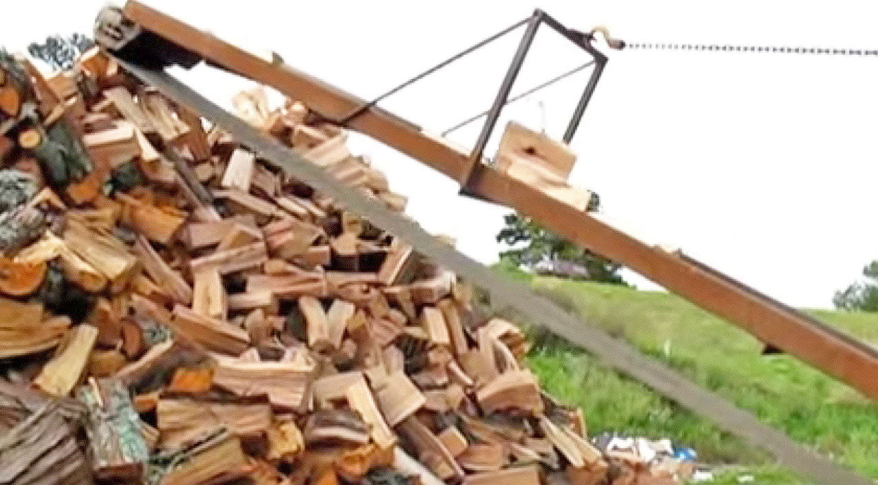 He Cuts A HUGE Pile Of Firewood In Seconds And You Won't Believe How! | Country Music Videos