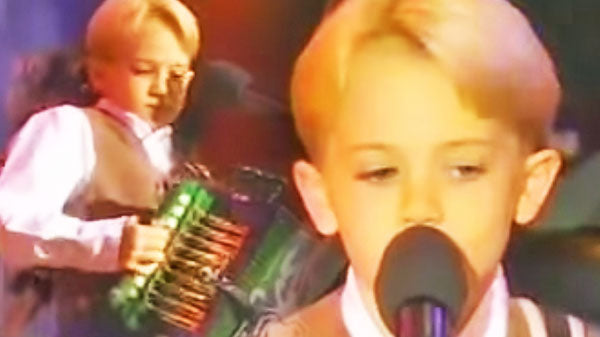 Hunter hayes Songs | 8 Year Old Hunter Hayes - Performs