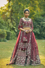 Load image into Gallery viewer, Rani Lehenga