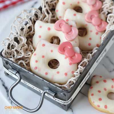 Hello Kitty Silicone Donut Pan 6-Well