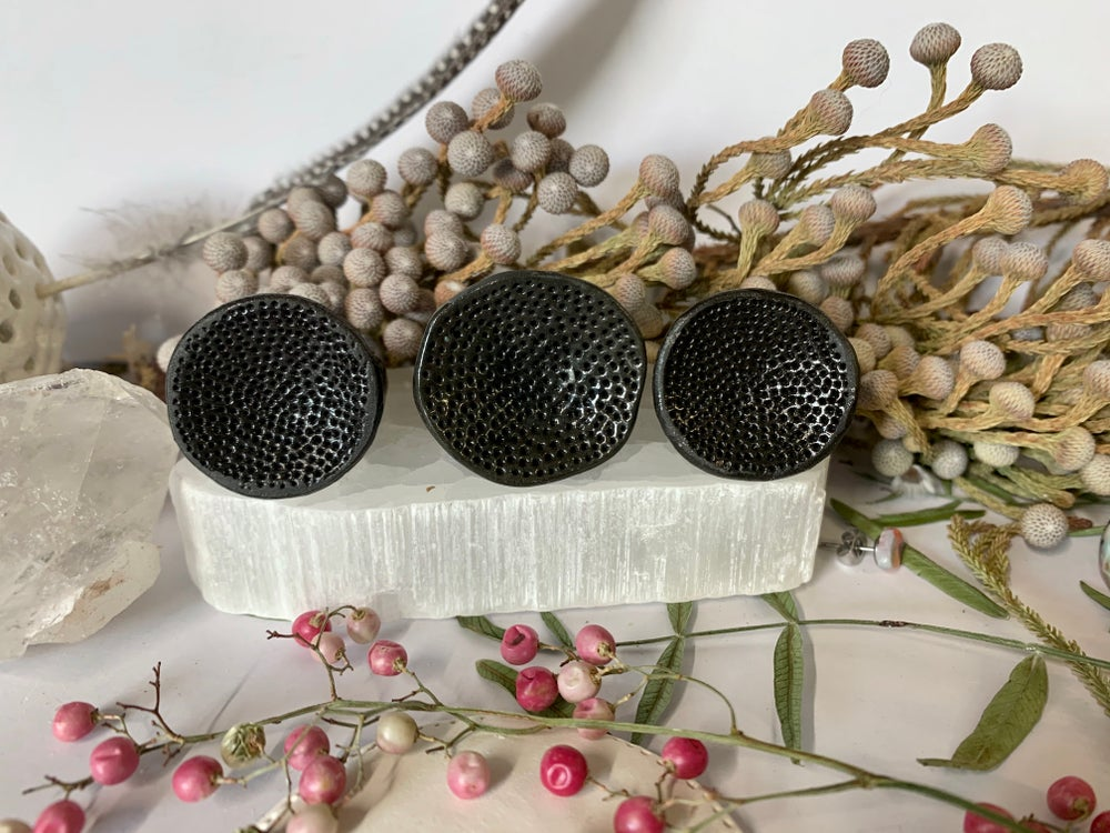 Round black porcelain 'rock coral'  ring, choose a size