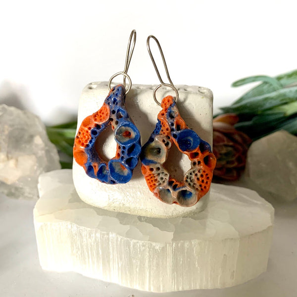 One pair of 'rock coral' porcelain earrings