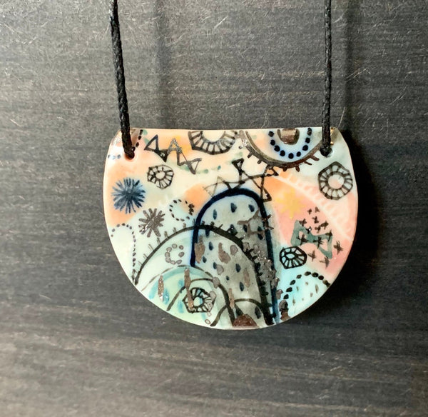 'Stars and cells' porcelain pendant with silver details