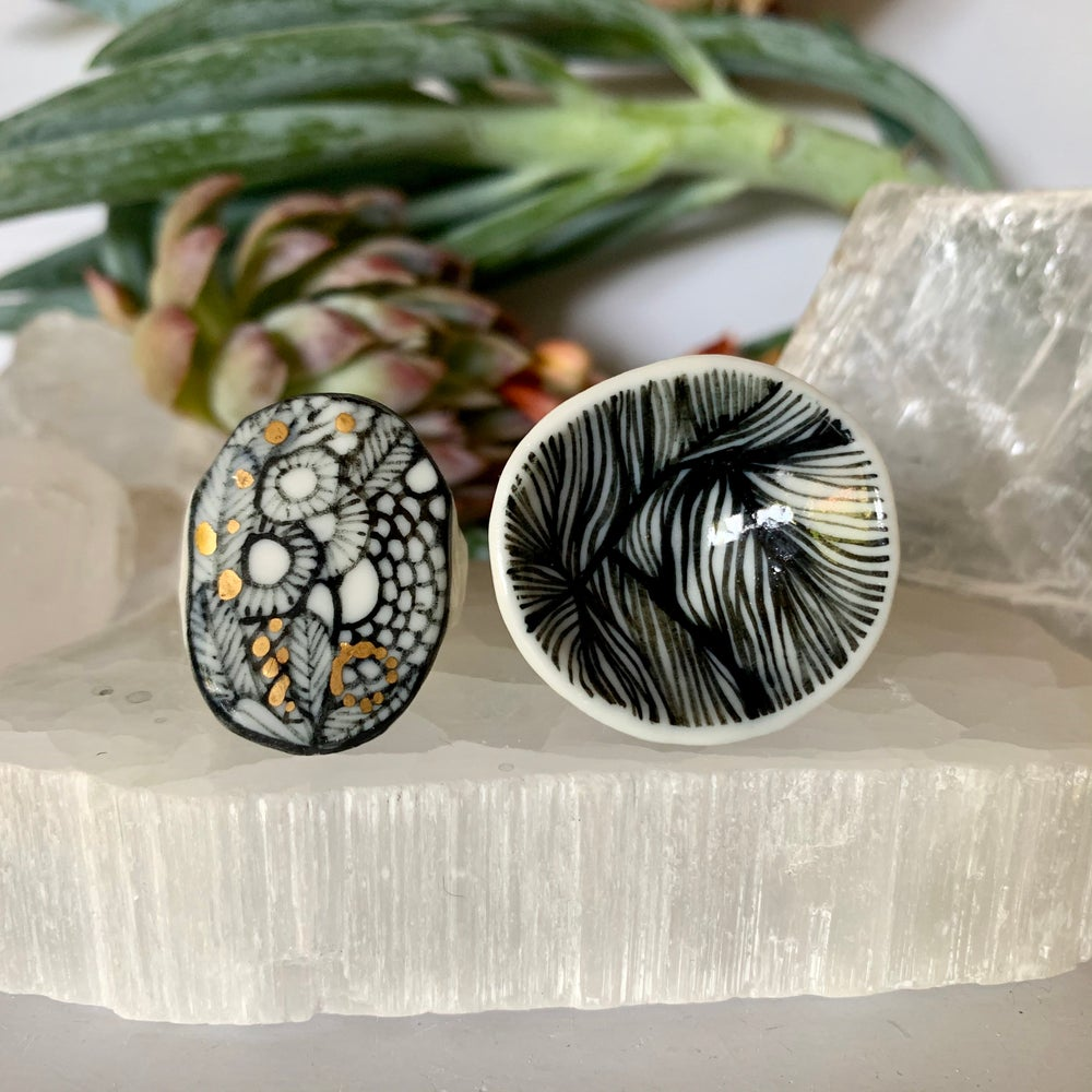 Hand painted porcelain ring, 'seafoam' or 'feather'