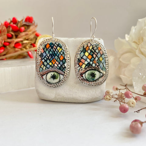 'The protective eye' porcelain earrings with gold detail