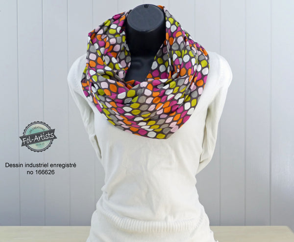 Infinity scarf in retro colors