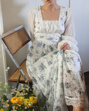 Load image into Gallery viewer, 1970s Gunne Sax Style Floral Long Sleeved Prairie Dress