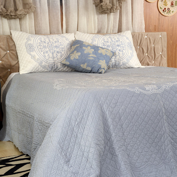 SILVER IVORY BEDDING SETS